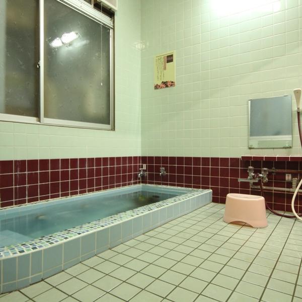 お風呂は超音波風呂です。24時間入浴可能です。