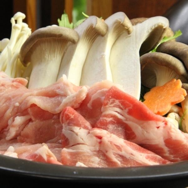 豚肉ときのこの蒸し鍋