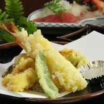 地元山菜の天ぷら