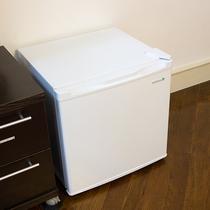 *【各メゾネットルーム設備】冷蔵庫