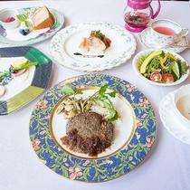 *【夕食全体一例】素材と手作りにこだわった「フルコースディナー」をご用意致します