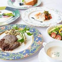 *【夕食全体一例】食材選びにもこだわったお料理の数々