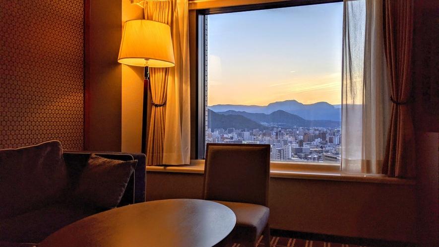 【眺望】高層階シティ&マウンテンビュールームからの眺め(イメージ)
