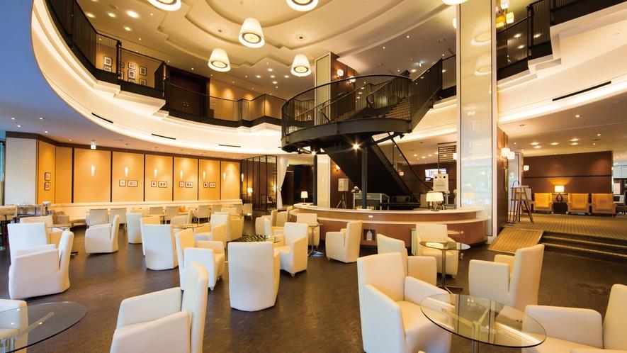 1階ラウンジ『カフェ・セゾン』