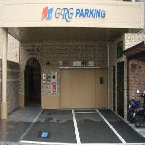 立体駐車場(ホテル裏手にございます)