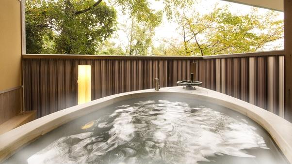 ◆天然温泉◆舟形露天風呂付−和室12畳−