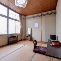 *和室4.5〜6畳(客室一例)/一人旅やビジネスに◎足を伸ばしてのんびりとお寛ぎ下さい。