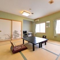 *和室8〜10畳(客室一例)/グループやファミリーにおすすめ!純和風のお部屋で寛ぎのひと時を。