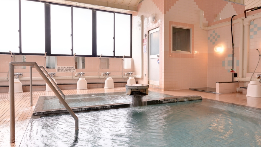 *大浴場/湯上り後も湯冷めしにくい大坊温泉に浸かり、日頃の疲れを癒しましょう。