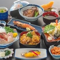 【夕食のコース料理一例(あなご飯付 プラン・季節により内容は異なります)】