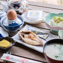 *【朝食一例】魚の干物や壱岐豆腐、いき壱岐納豆など朝からご当地の味覚を堪能