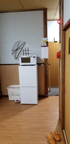 2Fホール 冷蔵庫、電子レンジ。