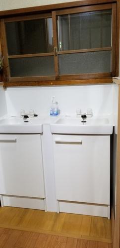 2F  洗面所