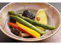 旬の野菜揚げさっぱりとした美味しさです