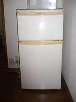 室内に冷蔵庫あり。持ち込みもOK