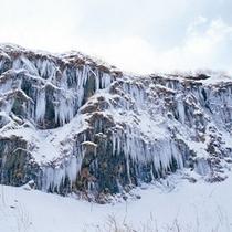 <周辺・景観>深浦千畳敷の氷柱