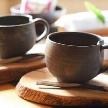 海側和洋室こだわりのコーヒーセット(津軽金山焼)