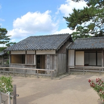 松下村塾:幕末期に吉田松陰が主宰した私塾。