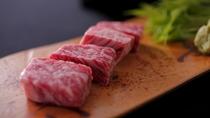 絶品の京都丹波牛ステーキは肉の旨味を味わって。