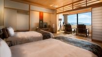 【最上階特別室「天海」】オーシャンビューの客室からは、まるで絵画のように美しい海が一望できます。