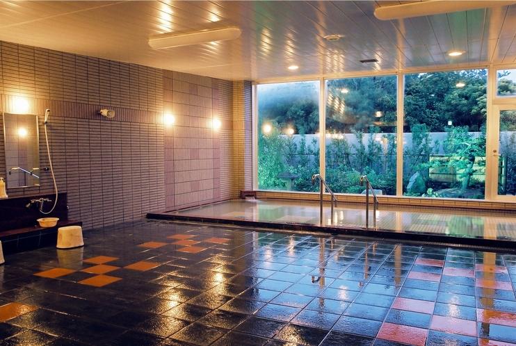 大浴場ラジウム風呂「くつろぎの湯」
