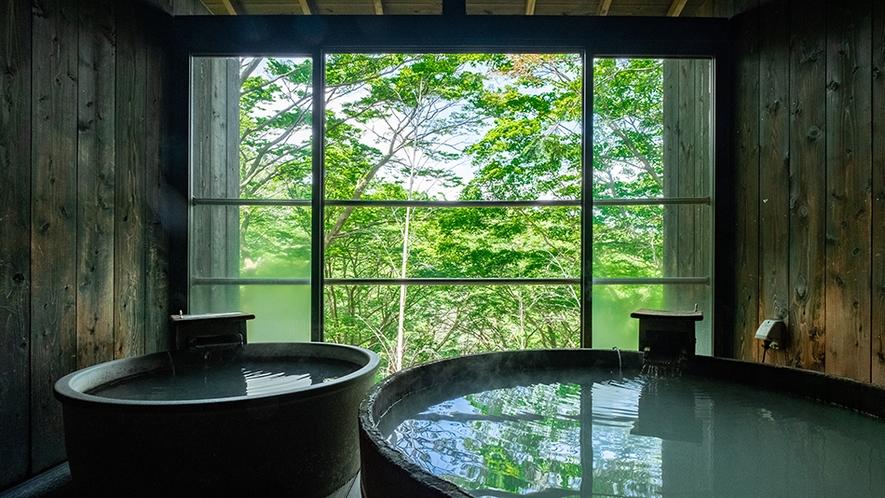 「森の専用貸切露天風呂」四季折々の季節の移ろいを感じながらの湯浴み。