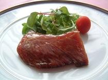 マグロホホ肉ステーキ