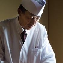 調理長 井上司
