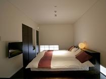 メゾネットのベッドルーム