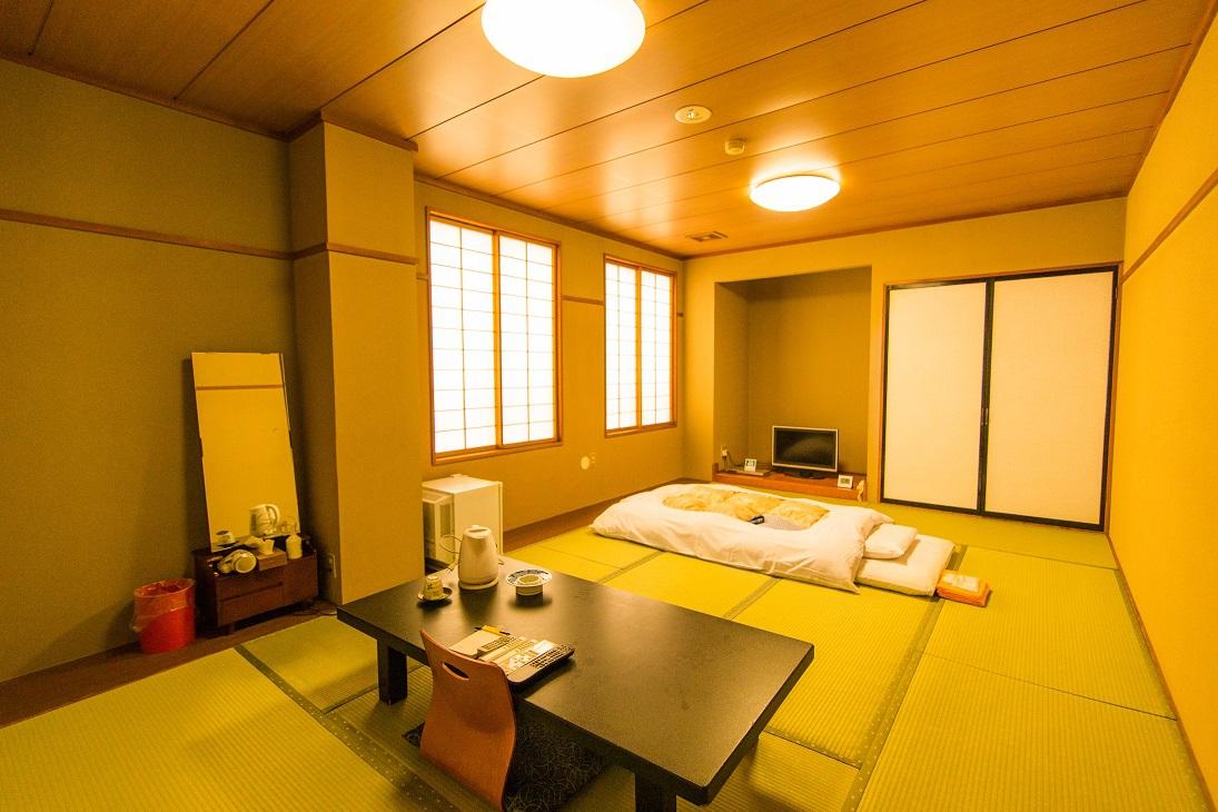 和室12畳客室の一例