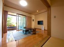 広々2間の半露天付きの客室