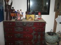 当館玄関に飾られた仙台ダンス