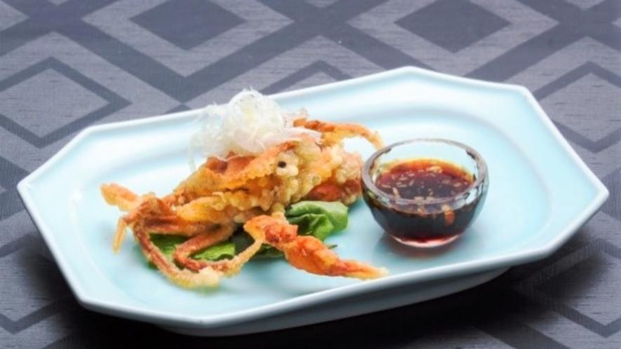 【一品料理】脱皮蟹(ソフトシェルクラブ)の唐揚げ