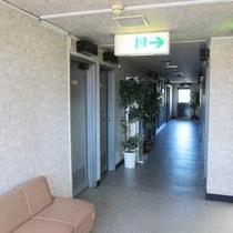 【お部屋までの廊下♪】