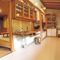 別館の共有キッチン