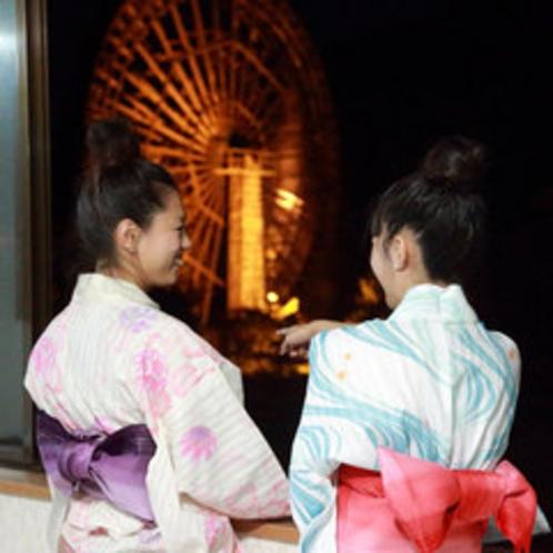 """*【水車】青森ヒバで建てられた日本一を誇る""""大水車""""は、迫力があります。"""