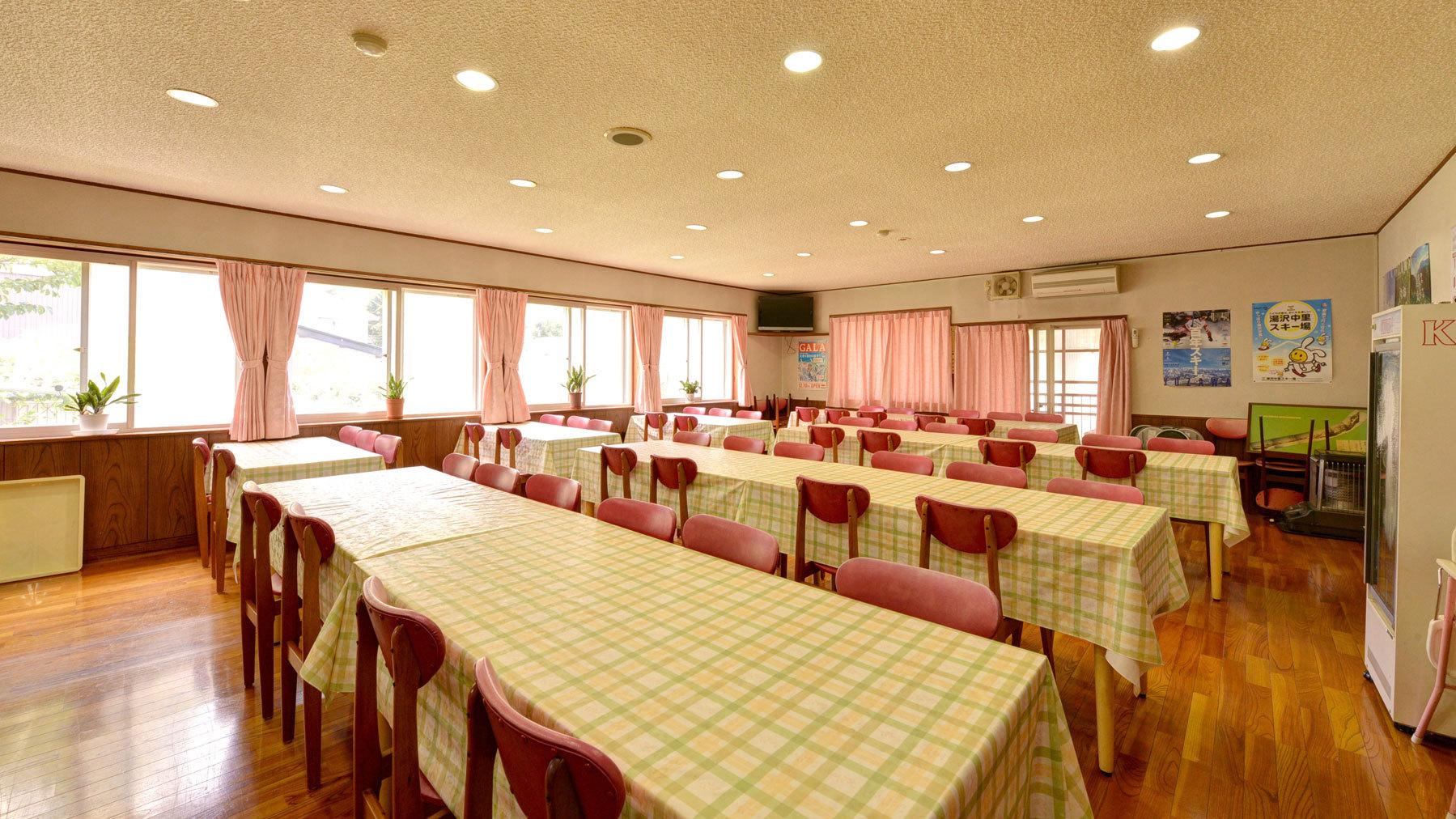 *食堂/朝夕のお食事はこちら。新潟の旬味をごゆっくりご堪能ください。