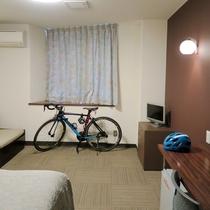 サイクリスト歓迎!客室へのお持ち込みOKです♪