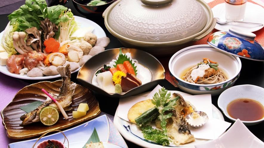 当宿自慢の地元信州の食材に拘った夕食一例です。新鮮な食材の味を活かすよう丹精込めて作らせて頂きます。