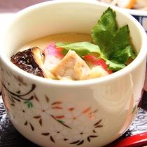 夕食に提供している茶碗蒸しのイメージです