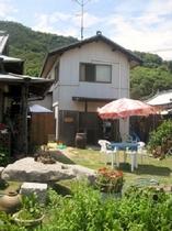 【コテージ海の家】 1棟貸し(1階16畳、2階16畳)