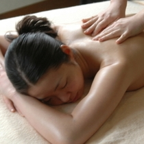 【アロマエステ】癒し効果抜群のアロマエステは女性に大人気♪