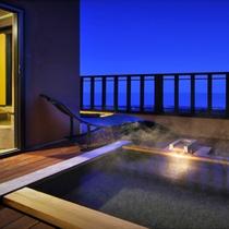 【雪type】2階にある露天風呂と内湯を交互に愉しむ。