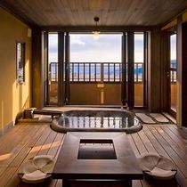 【月type】1階 内風呂 懇々と流れる伊豆高原温泉をこころゆくまでご堪能いただけます。