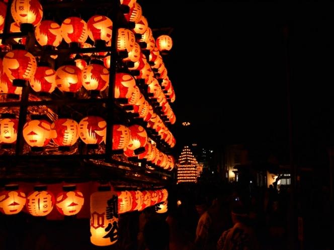 松川の提灯祭り