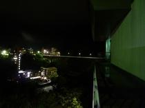 大川橋の夜景も綺麗です。