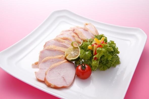 徳島名物、「阿波尾鶏・すだち鶏」を使用した、手作りハム詰合せセット付お土産プラン