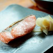 朝食_焼き魚