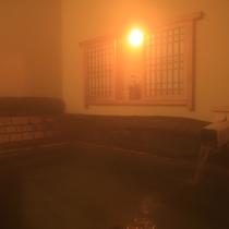 【五岳の湯】天然湧水を贅沢に使用した貸切露天風呂