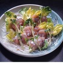 「清流魚のお造り」新鮮な清流魚ならではの、こりこりっとした食感をお楽しみください